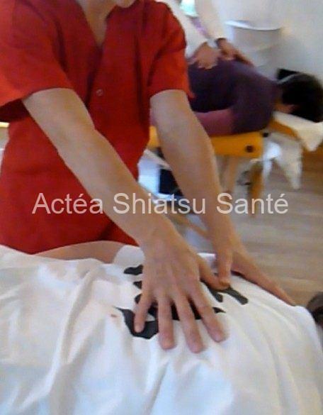 Rachel-2011-shiatsu-table-54